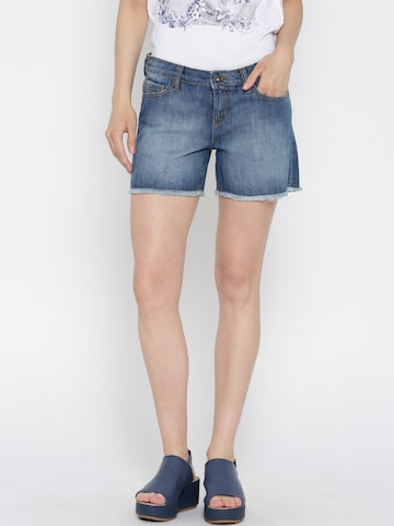 Pepe Jeans Women Blue Washed Denim Shorts at myntra