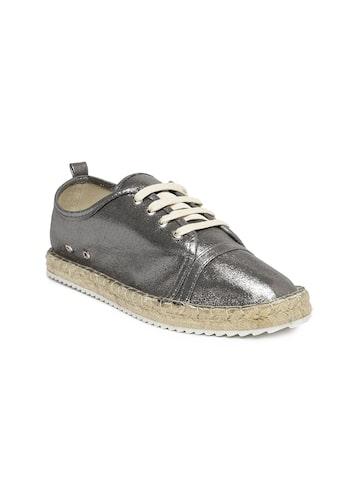 Catwalk Women Metallic-Toned Sneakers at myntra