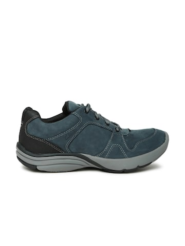 Clarks Men Navy Nubuck Leather Wave Port Sneakers at myntra