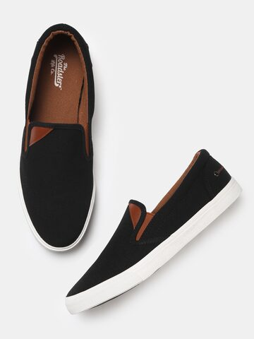 Roadster Men Black Slip-On Sneakers Roadster Casual Shoes at myntra
