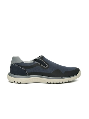 Clarks Men Navy Sneakers at myntra