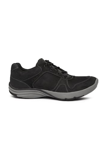 Clarks Men Black Trekking Shoes at myntra