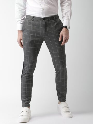 INVICTUS Men Grey Slim Fit Checked Regular Trousers at myntra
