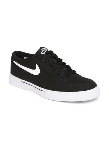 Nike Men Black GTS '16 TXT Sneakers at myntra