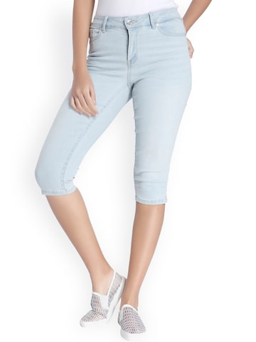 Vero Moda Women Blue Solid Regular Fit Denim Capris at myntra