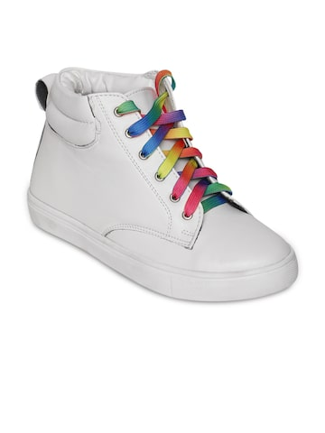 Bruno Manetti Women White Mid-Top Sneakers at myntra