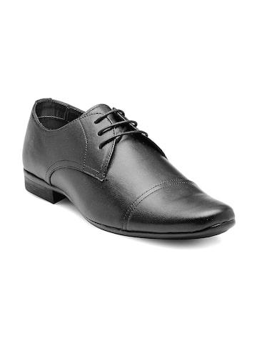 Franco Leone Men Black Leather Formal Shoes at myntra
