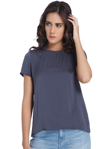 Vero Moda Women Grey Solid Round Neck T-shirt Vero Moda Tshirts at myntra