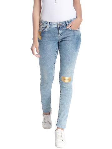Vero Moda Women Blue Slim Fit Low-Rise Slash Knee Stretchable Jeans at myntra