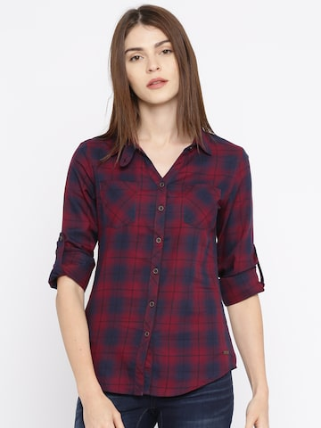 Roadster Women Maroon & Navy Blue Regular Fit Checked Casual Shirt Roadster Shirts at myntra