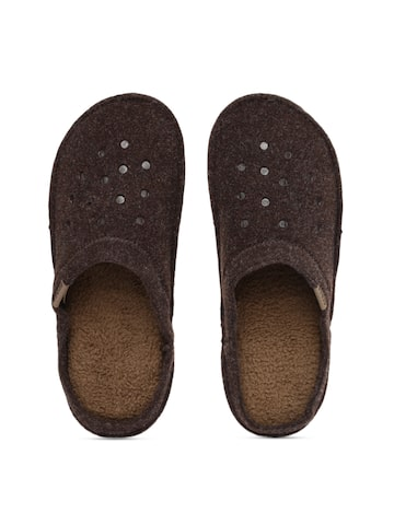 Crocs Unisex Brown Classic Slippers at myntra