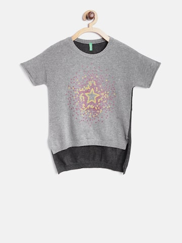 United Colors of Benetton Girls Grey Printed Pullover at myntra