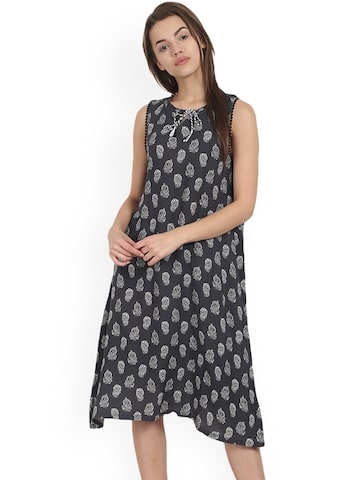 Soie Grey Printed Nightdress NT-59 at myntra