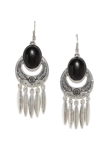 ToniQ Oxidised Silver-Toned & Black Beaded Dreamcatcher-Shaped Drop Earrings ToniQ Earrings at myntra