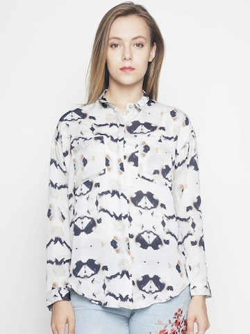 Voi Jeans Women Grey & Black Regular Fit Printed Casual Shirt Voi Jeans Shirts at myntra