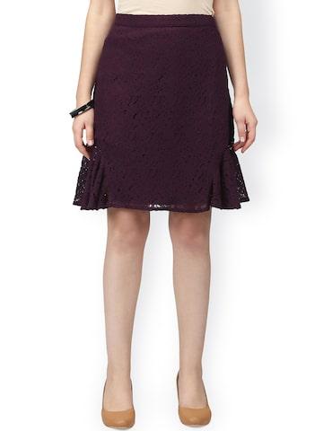 Eavan Burgundy Lace Detail A-Line Skirt at myntra