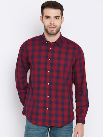 Blackberrys Men Red & Navy Slim Fit Checked Casual Shirt Blackberrys Shirts at myntra