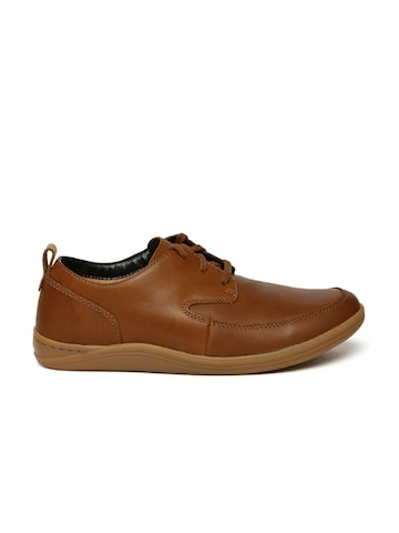 Clarks Men Brown Mapped Lo Leather Derbys Clarks Casual Shoes at myntra