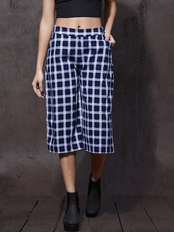 Roadster Women Navy Blue Regular Fit Checked Culottes Roadster Trousers at myntra
