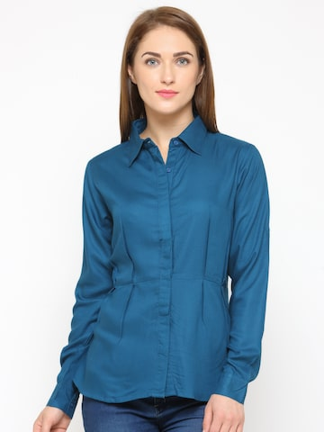 Calgari Women Blue Comfort Regular Fit Solid Casual Shirt Calgari Shirts at myntra