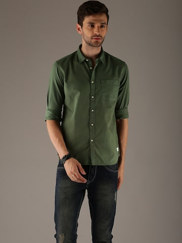 Flying Machine Men Olive Green Regular Fit Solid Casual Shirt Flying Machine Shirts at myntra