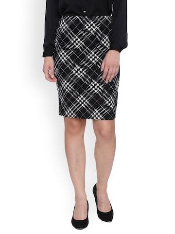 Avirate Black & White Checked Skirt Avirate Skirts at myntra