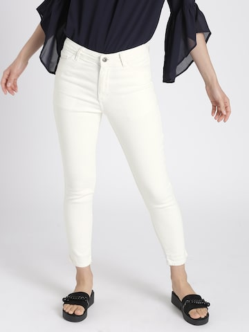 Chemistry Women White Low-Rise Clean Look Stretchable Jeans Chemistry Jeans at myntra