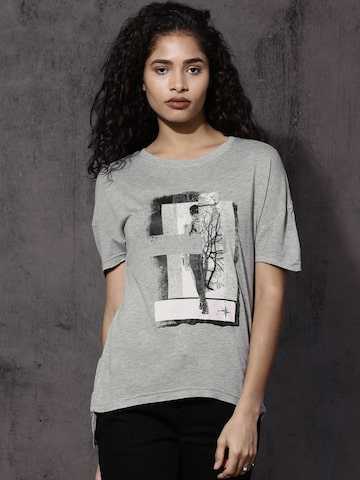 Roadster Women Grey Printed Round Neck T-shirt Roadster Tshirts at myntra