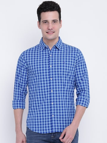 United Colors of Benetton Men Blue Slim Fit Checked Casual Shirt United Colors of Benetton Shirts at myntra