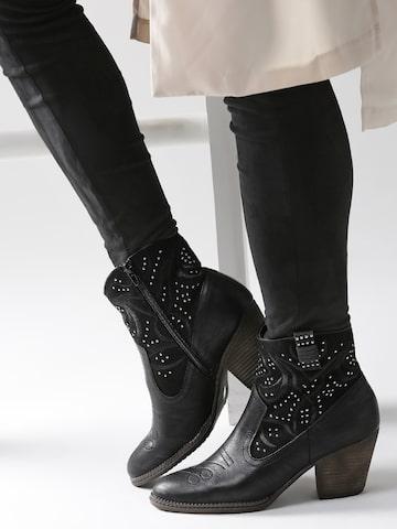 DressBerry Women Black Solid Embellished Heeled Boots DressBerry Heels at myntra