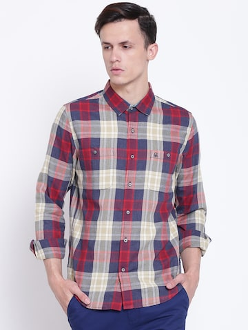 United Colors of Benetton Men Red & Navy Slim Fit Checked Casual Shirt United Colors of Benetton Shirts at myntra