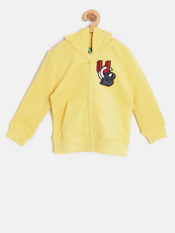 United Colors of Benetton Boys Yellow Solid Hooded Sweatshirt United Colors of Benetton Sweatshirts at myntra
