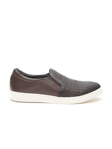 Carlton London Men Coffee Brown Leather Textured Sneakers Carlton London Casual Shoes at myntra