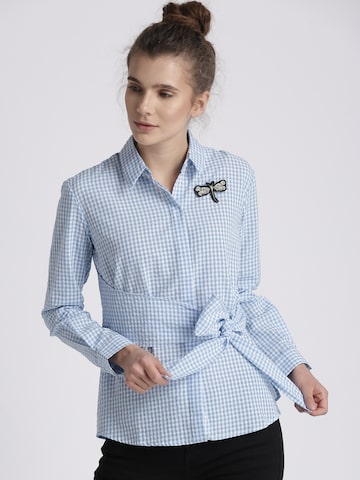 Chemistry Women Blue & White Regular Fit Checked Casual Shirt Chemistry Shirts at myntra