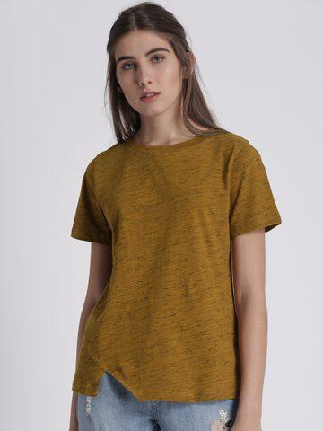 Chemistry Women Mustard Yellow Solid Round Neck T-shirt Chemistry Tshirts at myntra