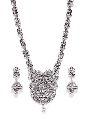 Zaveri Pearls Oxidised Silver-Toned Goddess Lakshmi Textured Jewellery Set Zaveri Pearls Jewellery Set at myntra