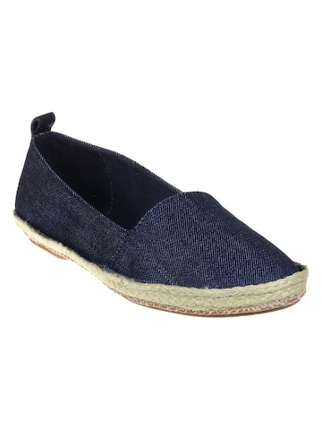 Clarks Women Blue Sneakers Clarks Casual Shoes at myntra