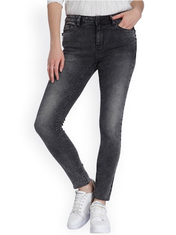 Vero Moda Women Grey Slim Fit Mid-Rise Clean Look Jeans Vero Moda Jeans at myntra