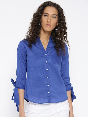 Style Quotient Women Blue Regular Fit Striped Casual Shirt Style Quotient Shirts at myntra