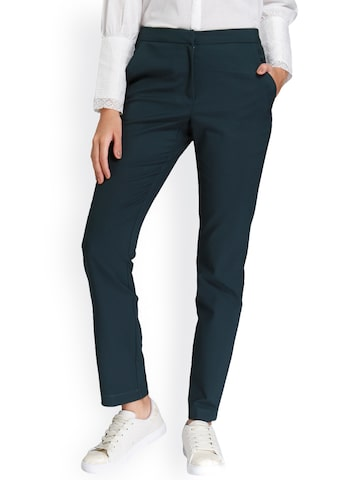 Vero Moda Women Green Carrot Tapered Fit Solid Regular Trousers Vero Moda Trousers at myntra