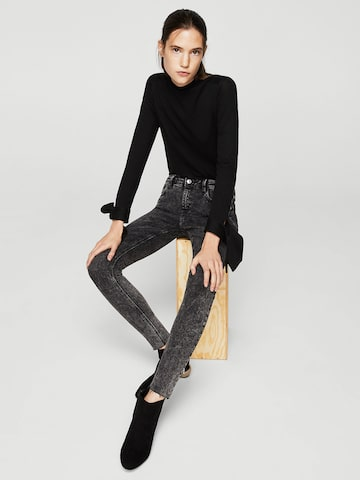 MANGO Women Charcoal Grey Mid-Rise Clean Look Stretchable Jeans MANGO Jeans at myntra