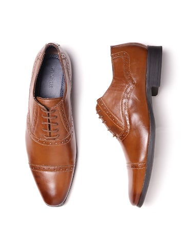 INVICTUS Men Tan Brown Textured Formal Brogues INVICTUS Formal Shoes at myntra