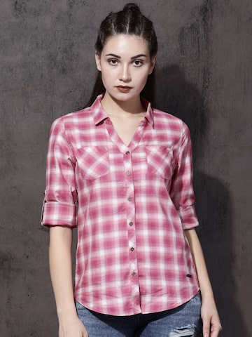 Roadster Women Pink & White Regular Fit Checked Casual Shirt Roadster Shirts at myntra
