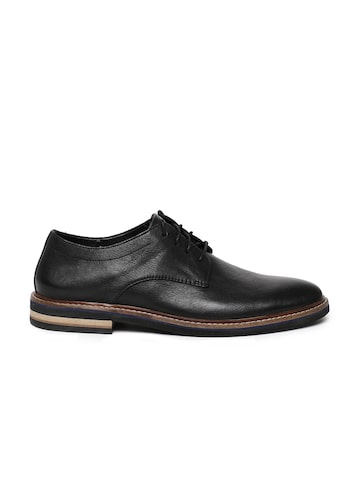 Clarks Bostonian Men Black Dezmin Plain Leather Semiformal Derby Shoes Clarks Formal Shoes at myntra