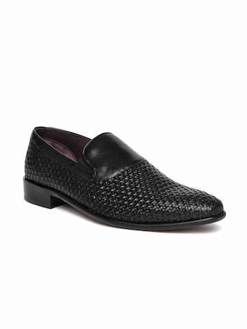 Louis Philippe Men Black Textured Leather Smart Casual Derbys Louis Philippe Casual Shoes at myntra