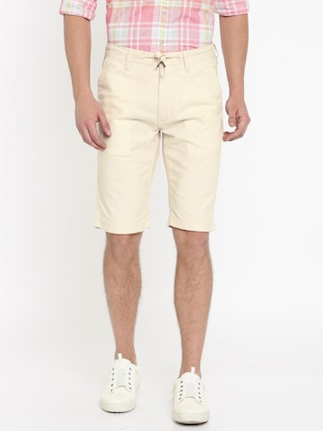 Lee Men Cream-Coloured Solid Slim Fit Regular Shorts Lee Shorts at myntra
