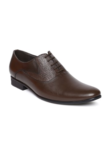 San Frissco Men Brown Textured Oxford Shoes San Frissco Formal Shoes at myntra