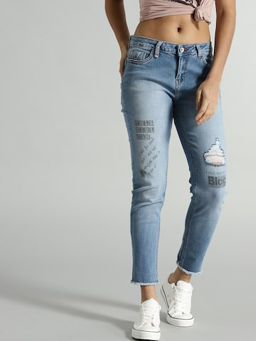 Roadster Women Blue Slim Fit Mid-Rise Low Distress Stretchable Cropped Jeans Roadster Jeans at myntra
