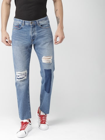 Tommy Hilfiger Men Blue Straight Fit Low-Rise Mildly Distressed Jeans Tommy Hilfiger Jeans at myntra