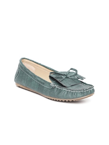 Catwalk Women Green Croc Textured Loafers Catwalk Casual Shoes at myntra